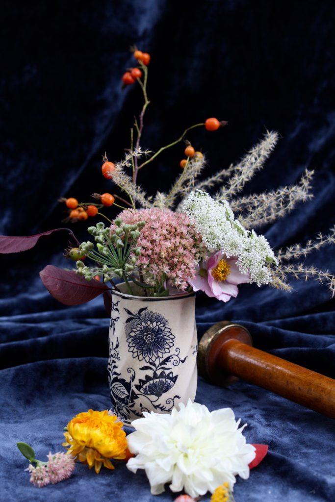 Un ramo de flores en jarrón a veces es necesario para pedir disculpas