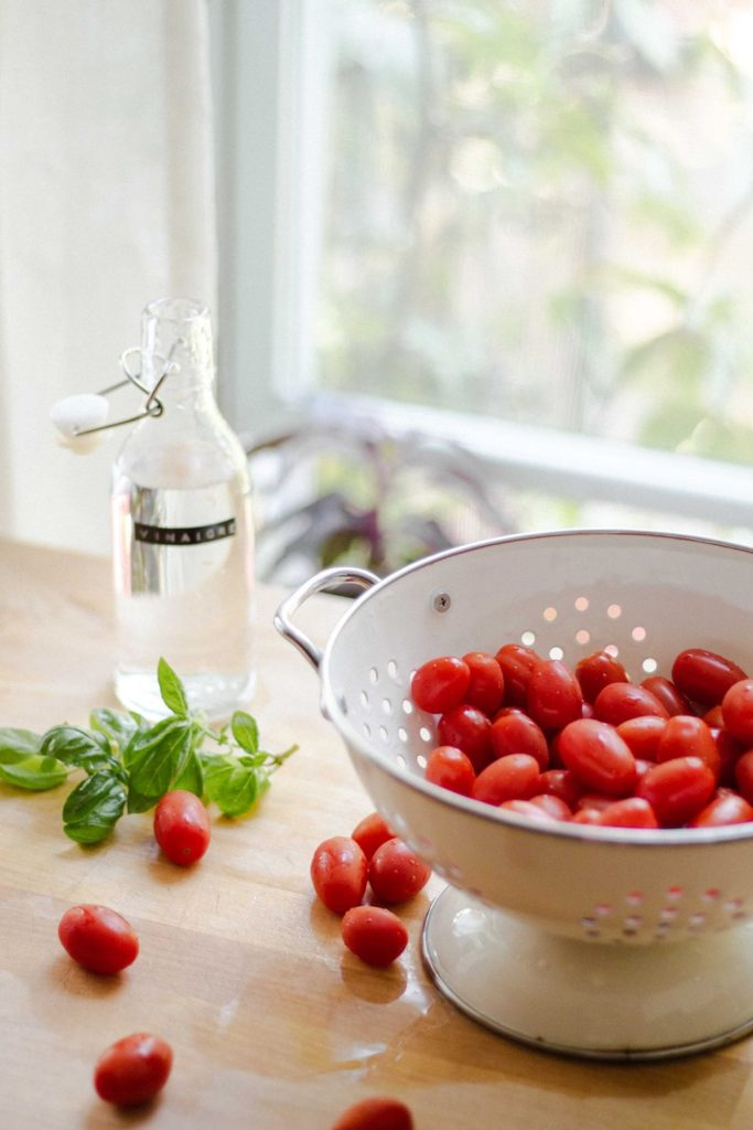 el tomate es bueno para plantar un huerto urbano